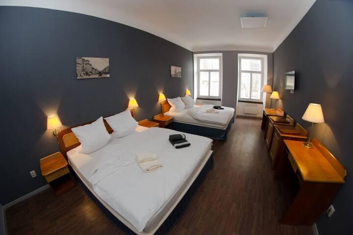 Apartmán pro 6 osob v centru města - Hradec Králové