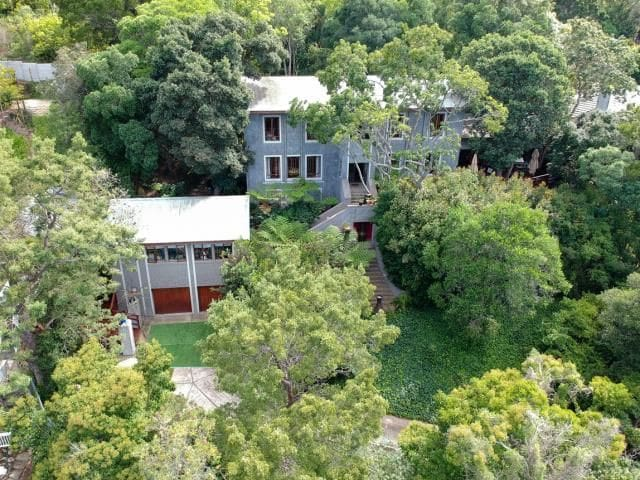 Knysna Forrest Manor. Indigenous forest serenity.