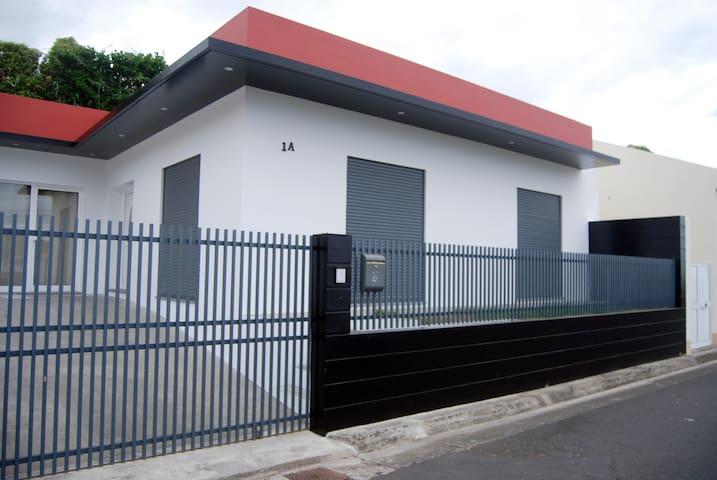 Espaço T1 (Estúdio) - Vila Franca do Campo