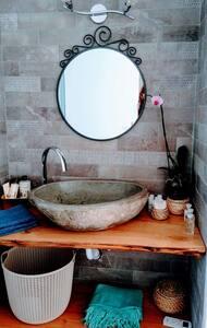Suite private lavabo'n terrace, magnific view