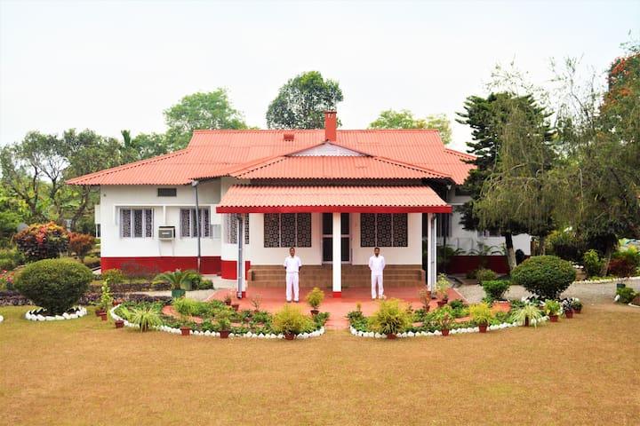 Damdim Tea Residency