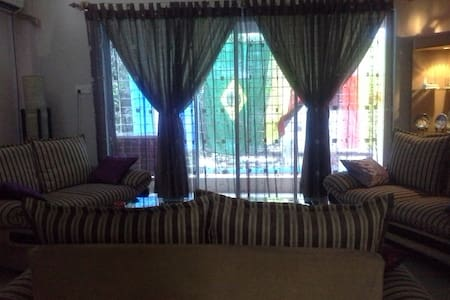 Cozy 2200 sqft peaceful apartment - Banani  - Квартира