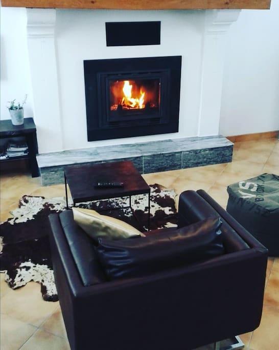 En hiver au coin du feu