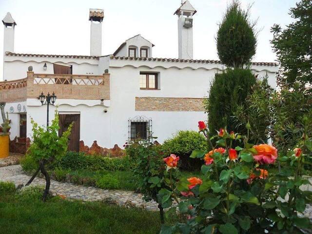 Hacienda Romero I Casa rural en un entorno ideal.