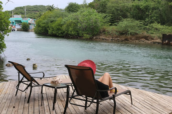 MARE-MARE waterfront apt in CASA CORAL for 4 - Culebra - Apartemen
