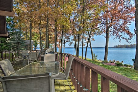 Dream Cottage w/ Sandy Beach, Dock, Pontoon Rental