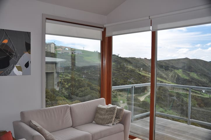 Outside Edge Apartments - Hotham Heights - Appartement