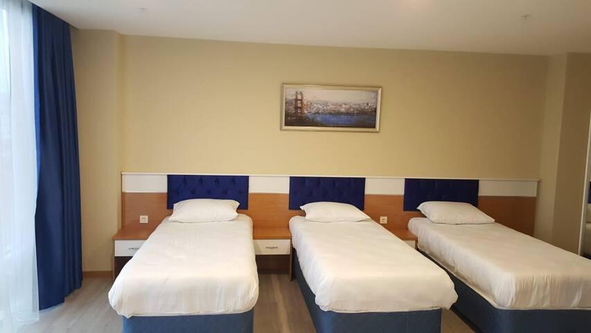 Sky Blue İstanbul Hotel Family Room