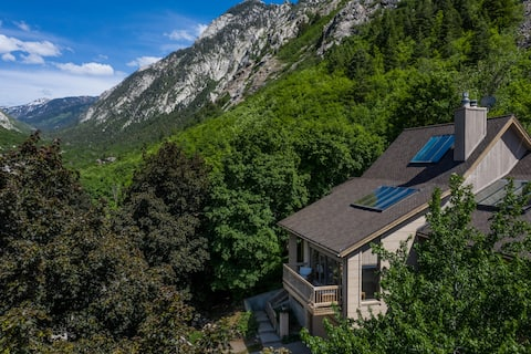 Mtn. Home-Sauna, Pool Table - Ski/Hike/Bike/Climb