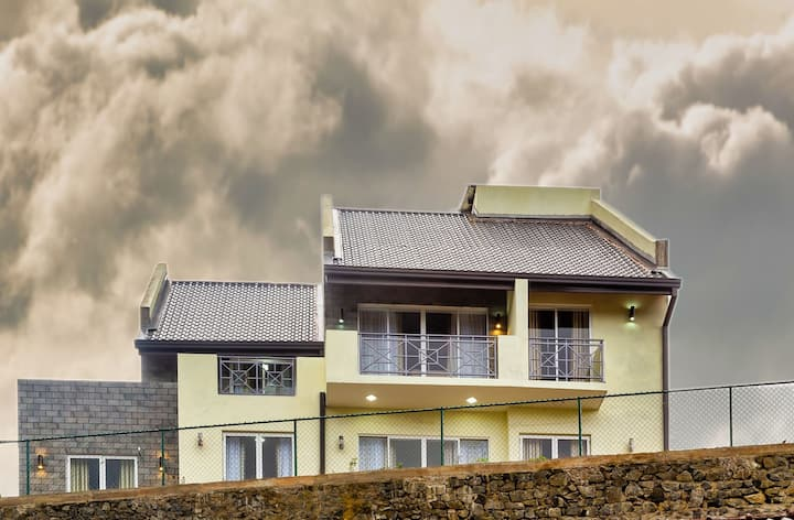 Wintry Hills By Lemas (Whole Villa)
