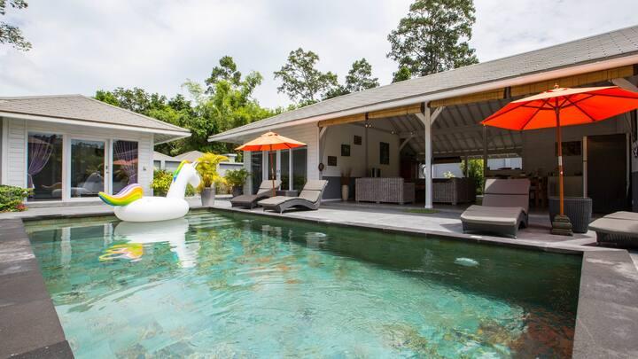 "Villa Balinaise ""PEACE"", au coeur de la nature."