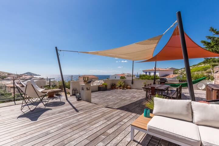 Villa avec Rooftop Unique et Vue Mer aux Goudes