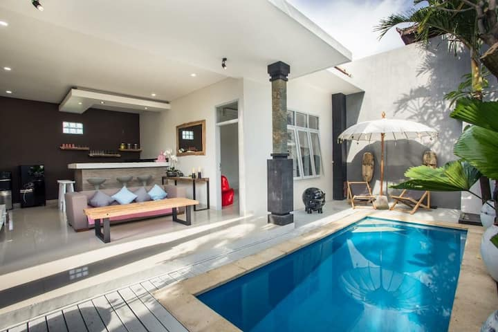 NEW 2 bedroom villa in the heart of Seminyak
