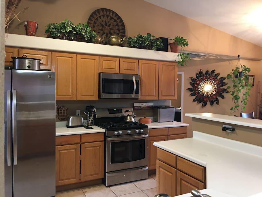 Full kitchen with new appliances