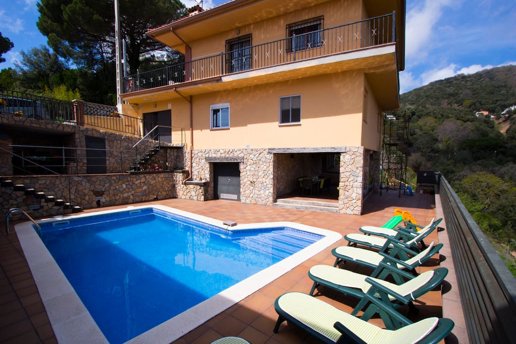 Catalunya Casas Villa Sant Iscle In Costa Maresme Only 15 Minutes To The Beach Villas For