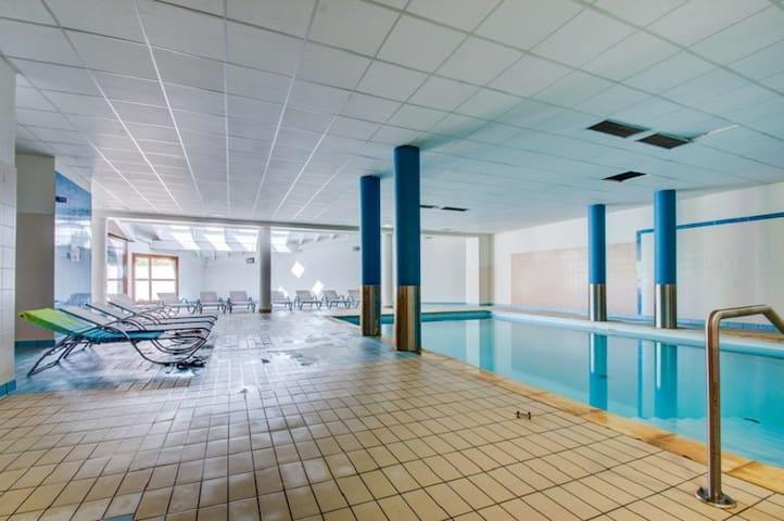 Accès Direct aux pistes! Appartement Equipé avec Accès Piscine + Sauna Sur-Place