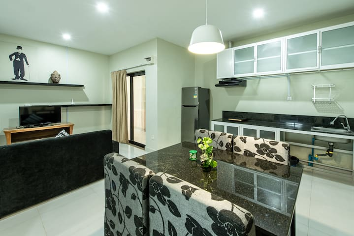 Daily, Monthly Rent For Two Bedrooms Apartment