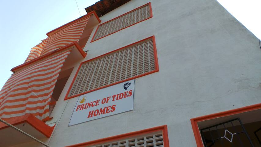 Prince of Tides Home - Arpora - Rumah