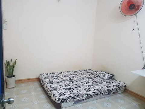 Small room perfect for 2 travelers with AC