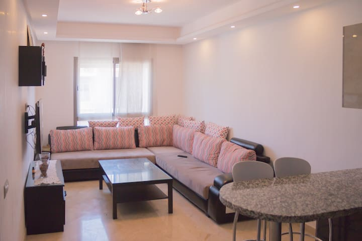 Cozy & practical flat in center Casablanca 便捷现代公寓