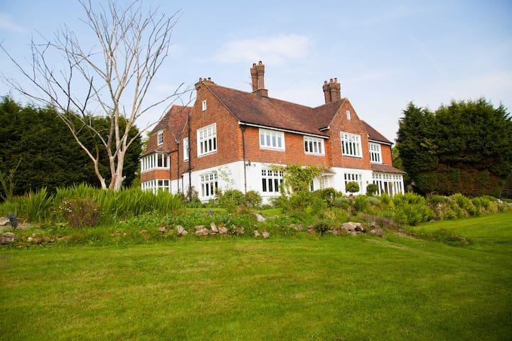 Cade House - Heathfield - Casa