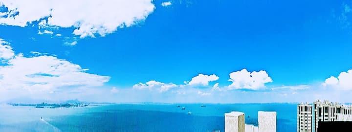 那片海。临海听风。大海边的全海景公寓大床房302临海听风