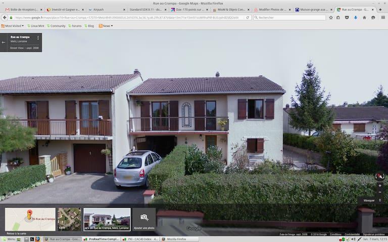 Chambre d'amis dans une maison - Metz