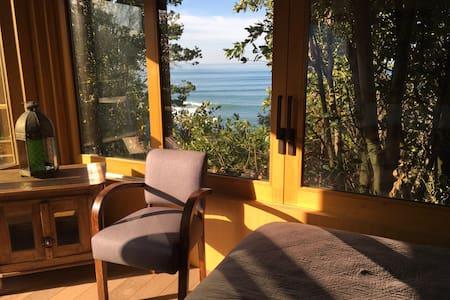 Cabane romantique vue panoramique sur l'océan - Guéthary - Cabin