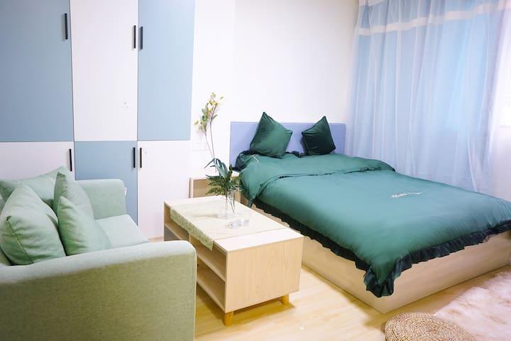 【慕斯民宿】白色系一房;免费接送近地铁站 机场航站楼