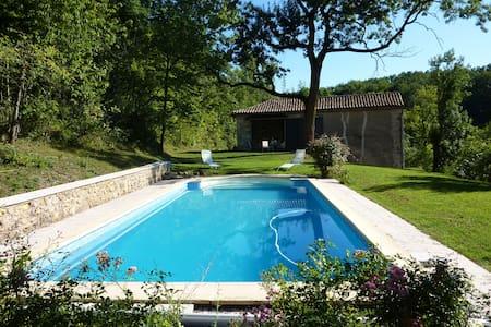 Maison 6 places 3 km de cordes - Saint-Marcel-Campes
