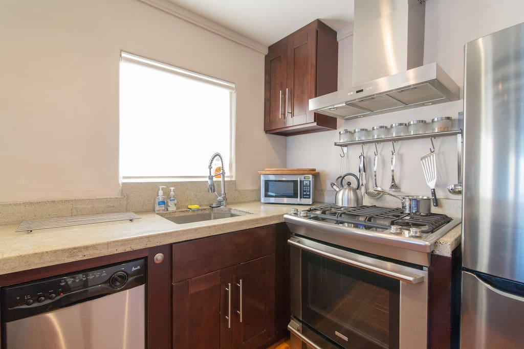 Well outfitted kitchen with everything you need to prepare a gourmet meal or just have a grilled cheese :)