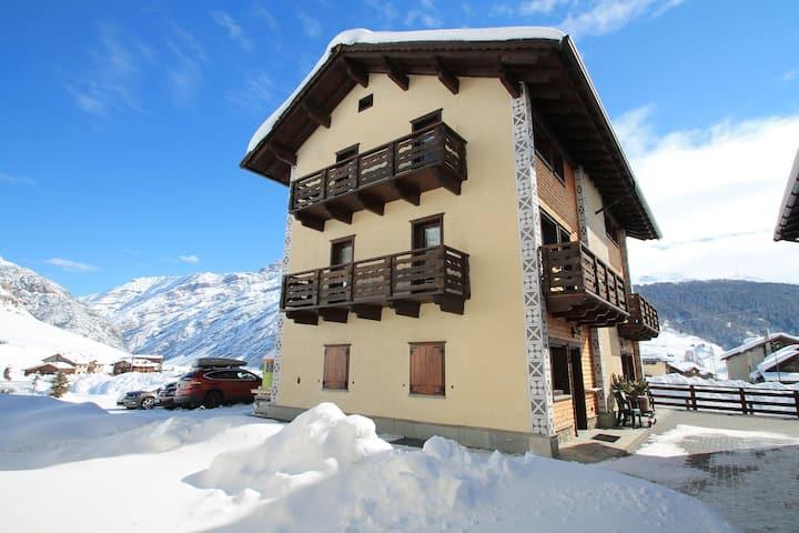 Moderna Casa de vacaciones en Italia cerca de la zona de esquí Livigno