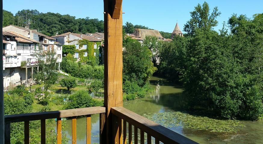 Charmant dorpshuis met zicht op rivier !