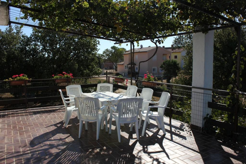 Terrace, Surface: 32 m²