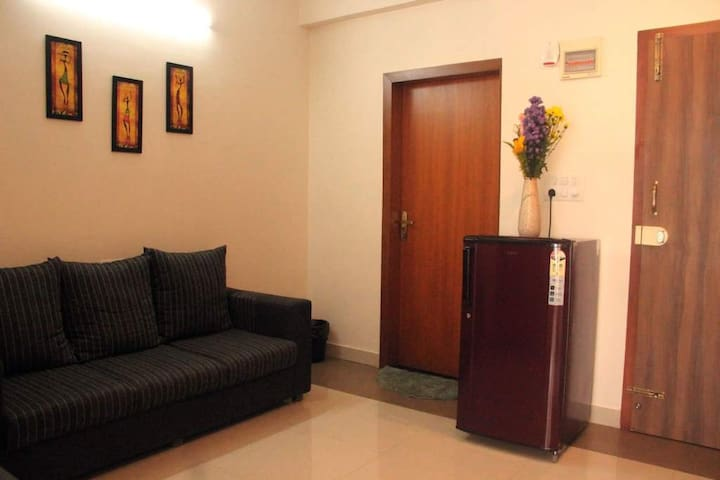 1BHK for extended stay near Manyata Tech Park 1A