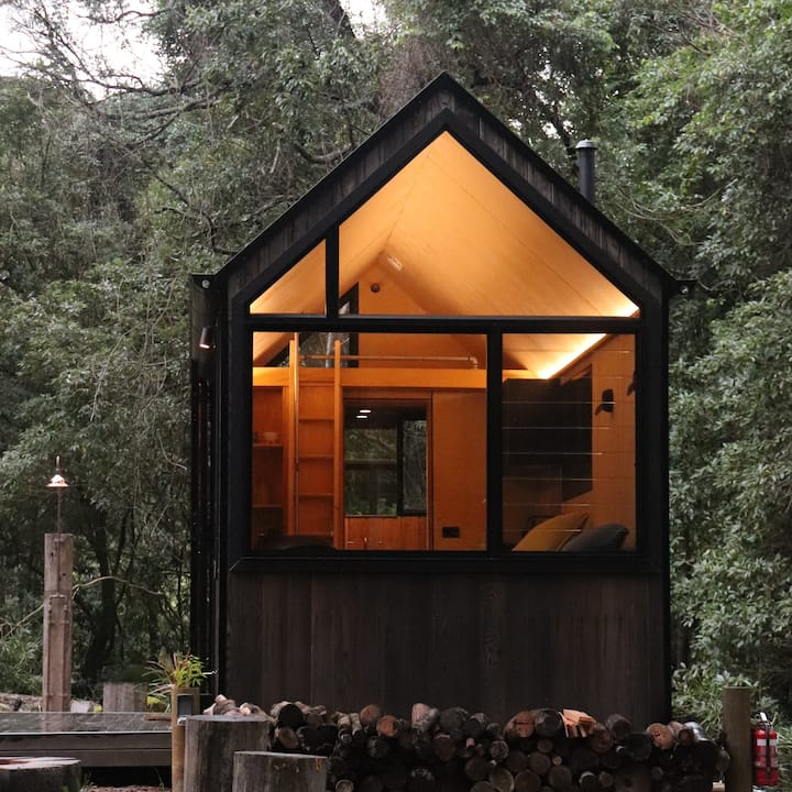 Creek side Tiny House in a sub-tropical rainforest