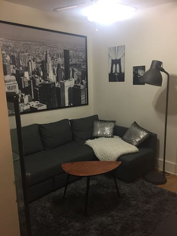 Cozy appartment, 5 minutes walk to subway station