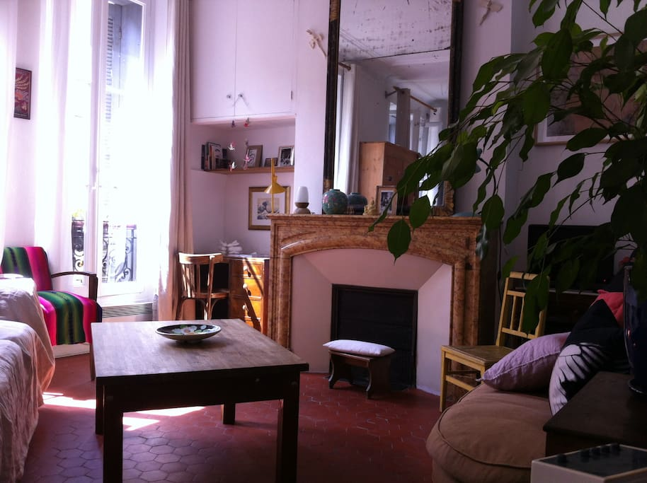 Joli t1 d co vintage plein centre ville appartements for Deco appartement t1