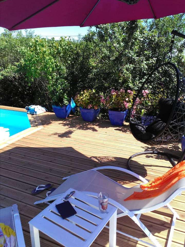 Villa with 2 bedrooms in Saint-Pierre-Lafeuille, with private pool, furnished garden and WiFi - 150 km from the beach