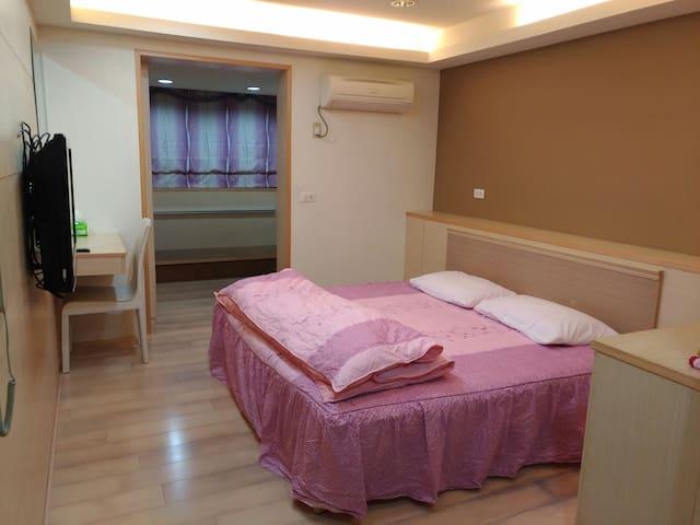 位嘉義縣故宮南院附近的幽靜和室套房,可就近探訪阿里山,提供各項旅遊協助 - 太保市 - Byt