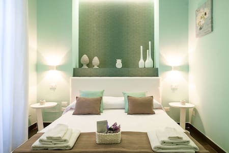 Luxury and Central Room Blue with Parking space - Palerme