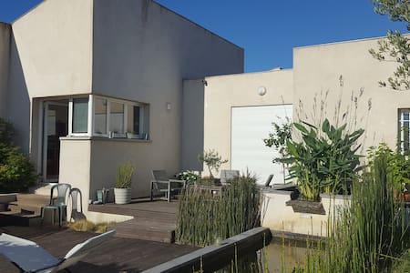 Villa moderne proche Cité de Carcassonne - การ์กาซอน