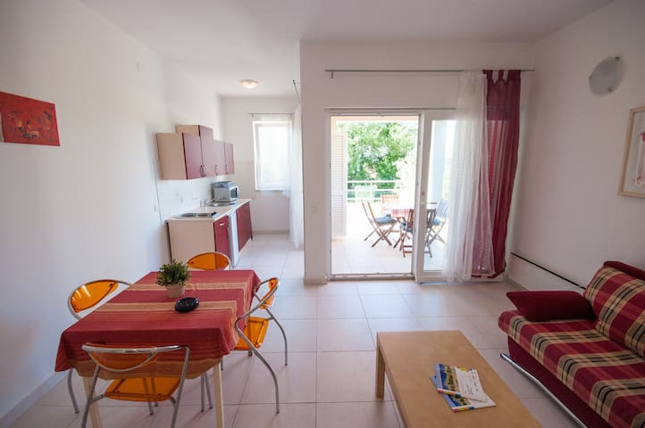 Nemo APARTMENT for 2+2 persons - Dajla