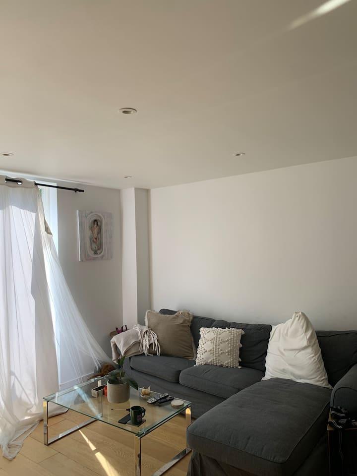 2 bedroom flat! Long let