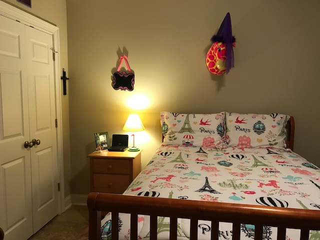 Room in Irmo, SC