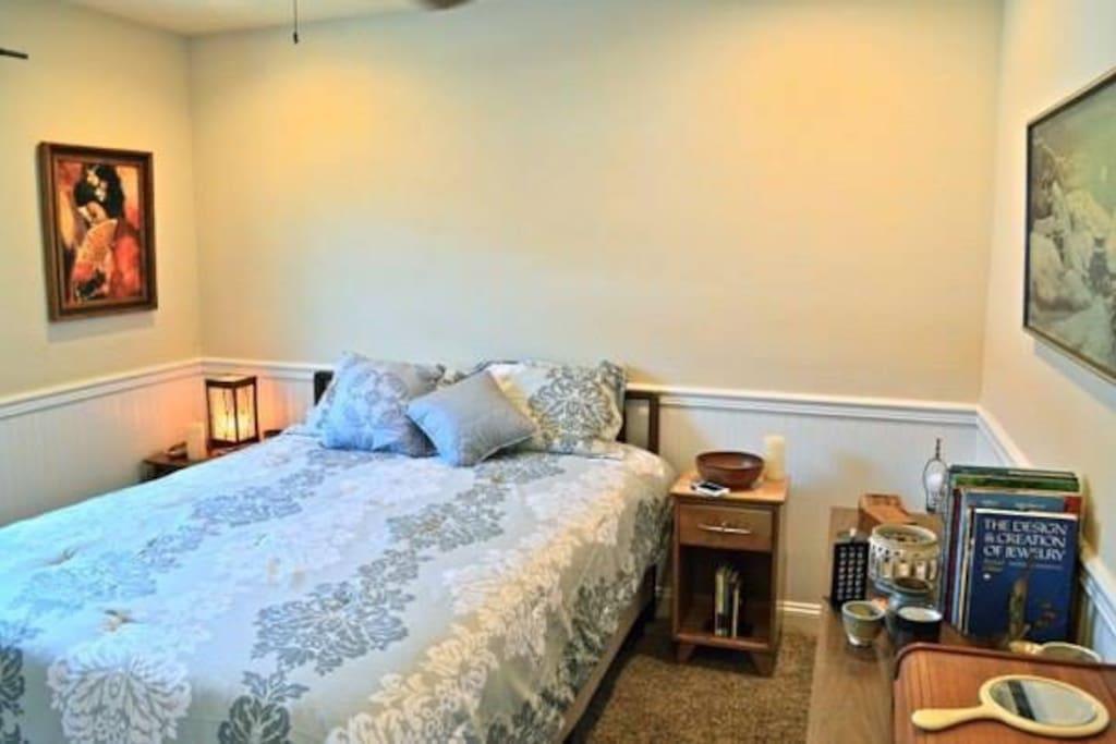 Consumer Reports #2 Queen mattress of the year. NovaForm deluxe comfort.