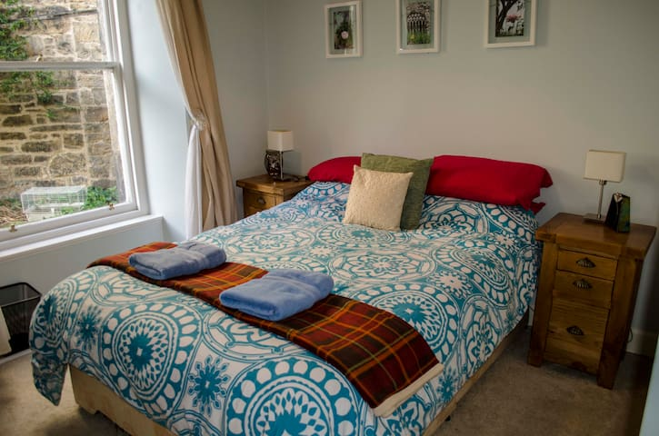 Beautiful room in Stockbridge, City Centre