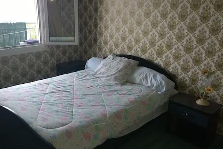 Chambre confortable - Paron