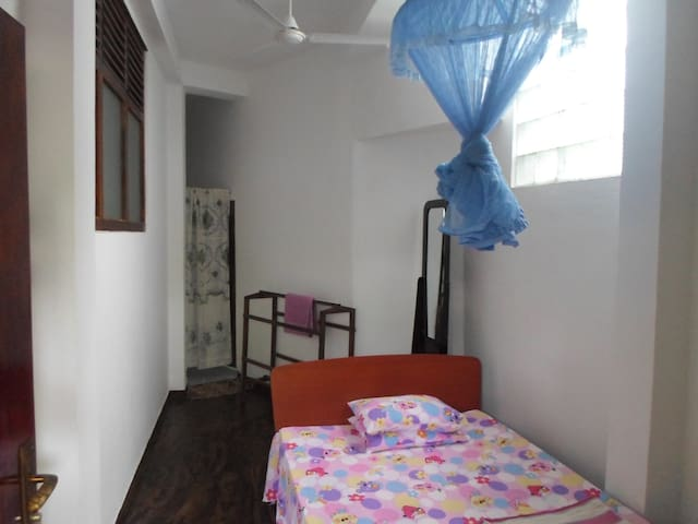 Single Room in Eco Villa-Sinharaja - Deniyaya - Bed & Breakfast