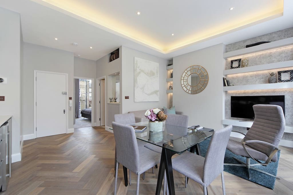 Open Plan Living with 3m Ceilings